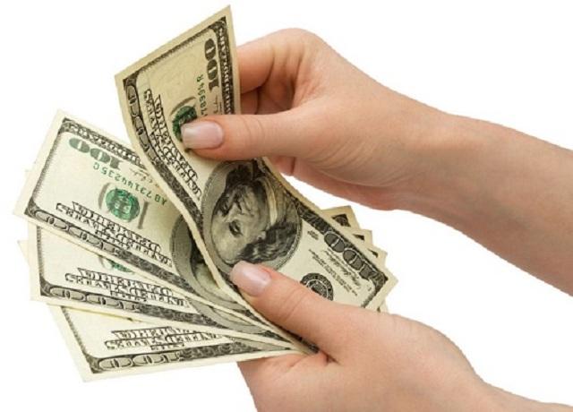 Giá phần mềm quản lý nhân sự là yếu tố quan trọng thu hút khách hàng